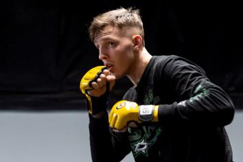 Big fight-night for Rhys in Cage Warriors 100