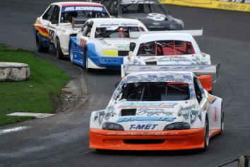 Keenly contested race programme on New Year's at Ballymena Raceway