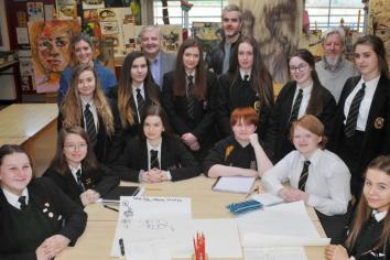 Galway Sculptor visits local pupils