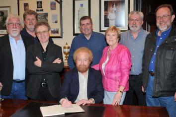 £3,250 raised at Braid Irish Rovers Concert