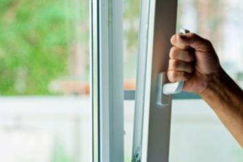 Police issue new burglary warning
