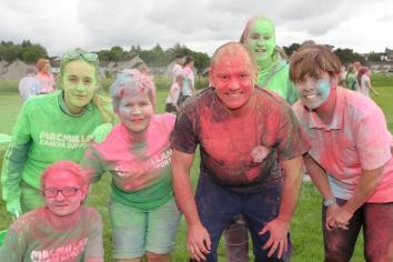 Fund raising Colour Run at Wakehurst