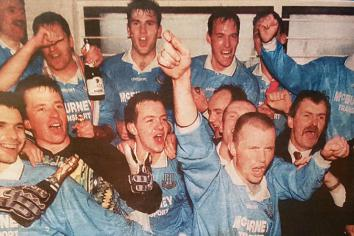 Almost 30 years after signing for Sky Blues, Carlisle is still with United!