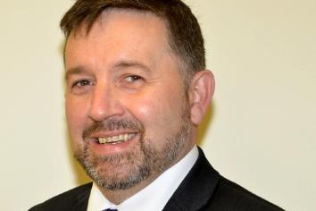 Swann announces 1300 nursing and midwifery training places